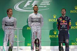 Podium: Sieger Lewis Hamilton, 2. Nico Rosberg, 3. Sebastian Vettel