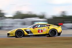 #4 Corvette Racing Chevrolet Corvette C7.R: Oliver Gavin, Tommy Milner, Ryan Briscoe
