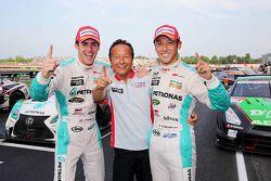 Racewinnaars Kazuki Nakajima, James Rossiter
