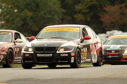 #82 Bimmerworld Racing 宝马 328i: 詹姆斯·科尔伯恩, 塞斯·托马斯