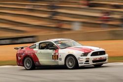 #68 Racers Edge Motorsports Ford Mustang 302R: Ricardo Flores, Corey Lewis