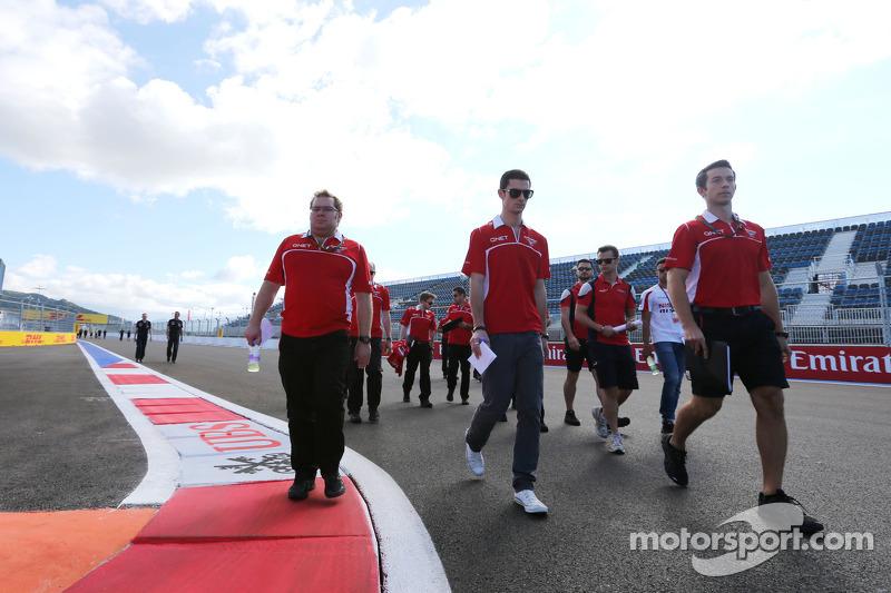 Alexander Rossi, Marussia F1 Team, Ersatzfahrer