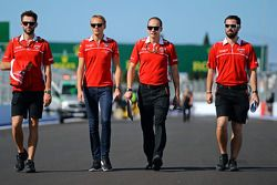 Max Chilton, Marussia F1 Team walks the circuit with Sam Village, Marussia F1 Team, and Gary Gannon, Marussia F1 Team Race Engineer (Second right)