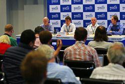Richard Cregan, Consultor de Rusia gran premio; Sergey Vorobyev, Directora General Adjunta, OAO cent