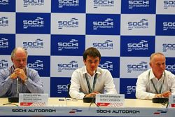 (L to R): Richard Cregan, Russian Grand Prix Consulatant; Sergey Vorobyev, Deputy General Director,