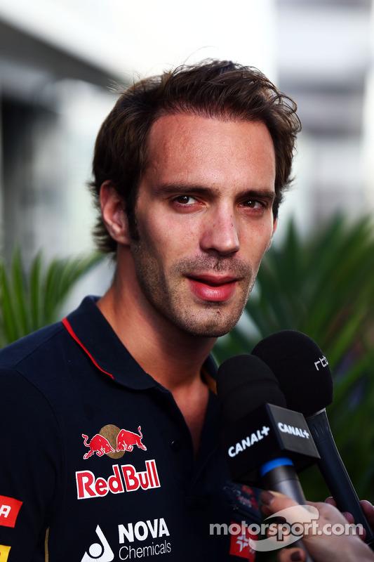 Jean-Eric Vergne, Scuderia Toro Rosso con i giornalisti