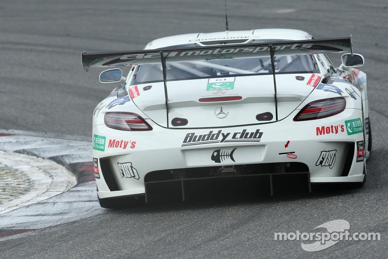 #90 Team AAI Mercedes SLS AMG GT3: Yu Lam, Takeshi Tsuchiya, Takamitsu Matsui
