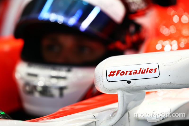 Max Chilton, Marussia F1 Takımı MR03 Jules Bianchi destek mesajını taşıyor