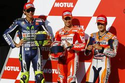 Ganador de la pole Andrea Dovizioso, Ducati Team, segundo lugar Valentino Rossi, de Yamaha Factory R