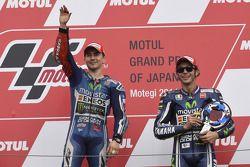 Podium: race winner Jorge Lorenzo, third place Valentino Rossi