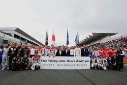 Les pilotes affichent leur soutien à Jules Bianchi