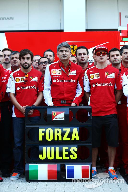 Fernando Alonso, Ferrari; Marco Mattiacci, Ferrari Takım Müdürü; Kimi Raikkonen, Ferrari ve Ferrari