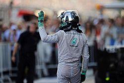 Nico Rosberg, Mercedes AMG F1 celebra la sua seconda posizione in parco chiuso
