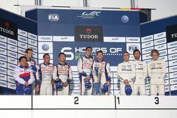 Podio: vincitori Anthony Davidson, Sebastien Buemi, secondo posto Alexander Wurz, Kazuki Nakajima, Stéphane Sarrazin, il terzo posto di Mark Webber, Brendon Hartley, Timo Bernhard