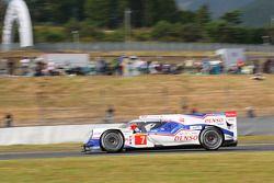 #7 Toyota Racing Toyota TS040 Hybrid: Alexander Wurz, Stéphane Sarrazin, Kazuki Nakajima
