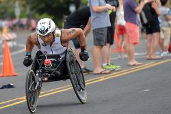 Alex Zanardi neemt deel aan de Hawaii triathlon