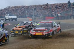 Marc Hynes, Quantel Bifold Racing e Rob Austin, Exocet Racing