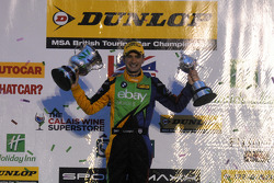 2014 BTCC-kampioen/ Independent-kampioen Colin Turkington, eBay Motors