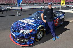 Michae Waltrip, Michael Waltrip Racing