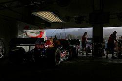 Arden Motorsport pit area