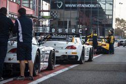 #33 Roal Motorsport BMW Z4