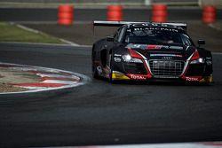 #4 Audi Belçika Klübü, WRT Audi R8 LMS Ultra Takımı: Vincent Abril, Mateusz Lisowski