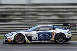 #107 Beechdean AMR Aston Martin Vantage GT3: Andy Soucek, Jonny Adam