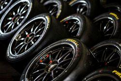 Pirelli lastik detayı