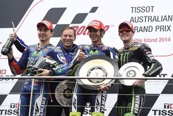 Podium: race winner Valentino Rossi, second place Jorge Lorenzo, third place Bradley Smith