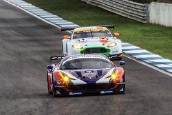 #72 SMP Racing Ferrari F458: Andrea Bertolini, Viktor Shaitar, Sergey Zlobin