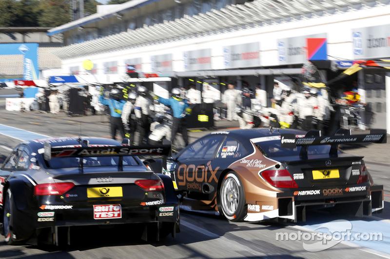 Timo Scheider, Audi Sport Team Phoenix Audi RS 5 DTM e Pascal Wehrlein, Mercedes AMG DTM-Team HWA DT