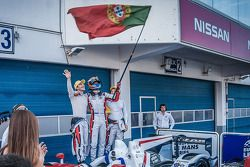 第三名 Simon Dolan, Harry Tincknell, Filipe Albuquerque