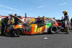 Kyle Busch, Joe Gibbs Racing Toyota en problemas