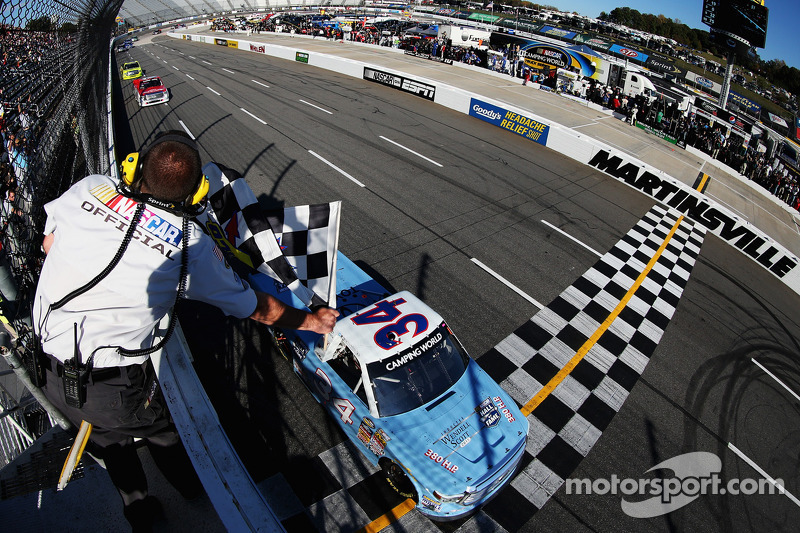 Darrell Wallace Jr. takes the win
