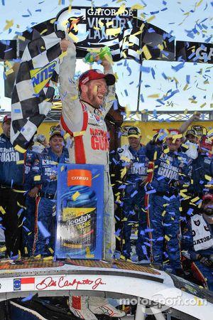 Racewinnaar Dale Earnhardt Jr., Hendrick Motorsports Chevrolet