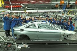 2014 Il campione DTM Marco Wittmann visita la fabbrica BMW