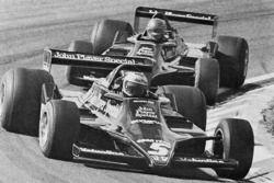 Марио Андретти и Ронни Петерсон. ГП Голландии, Воскресная гонка.