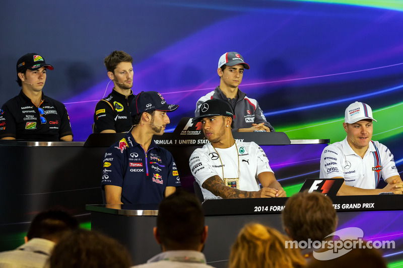 (L to R): Daniel Ricciardo, Red Bull Racing; Lewis Hamilton, Mercedes AMG F1; and Valtteri Bottas, W