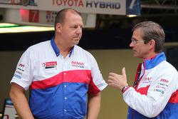 John Steeghs, Toyota Takım Menajeri ve Pascal Vasselon, Toyota Teknik Şefi