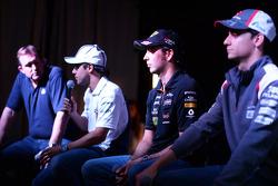 Felipe Massa, Sergio Pérez et Esteban Gutiérrez lors du forum pour les fans