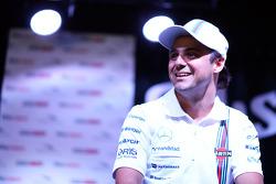 Felipe Massa lors d'un forum pour les fans