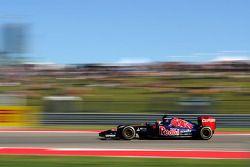 Max Verstappen, Scuderia Toro Rosso STR9 Test Driver