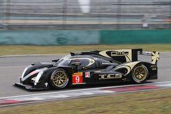 #9 Lotus CLM P1/01 - AER: 卢卡斯·奥亚, 詹姆斯·罗斯特, 皮埃尔·卡费尔