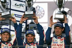 Podium: race winners Anthony Davidson, Sebastien Buemi