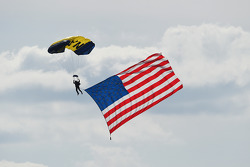 Pilote avec un drapeau américain