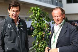 Toto Wolff, Mercedes AMG F1 Shareholder and Executive Director (Left)