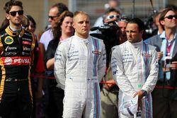 (L to R): Valtteri Bottas, Williams with team mate Felipe Massa, Williams on the grid