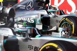 Nico Rosberg, Mercedes AMG F1 W05 and team mate on the grid at the start of the race