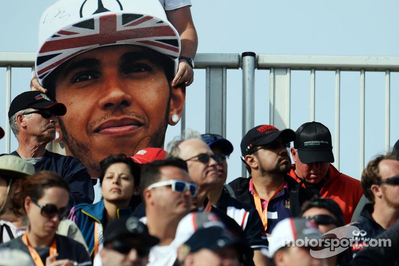 A Lewis Hamilton big head in the crowd