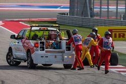 索伯C33赛车,阿德里安·苏蒂尔, 索伯车队,被从赛道上移除